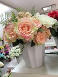 Fiori artificiali della Rosa di alta qualità all'ingrosso poco costosa per la decorazione di cerimonia nuziale