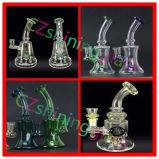 Kleine Glanzend 9 Duim Waterpijp van het Glas van de Rokende met Kleurrijke Perc