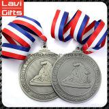 良質のリボンが付いているカスタムスポーツメダル