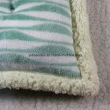 Polyester, das weiches Endlosschrauben-Sofa-Stuhl-Sitzkissen füllt