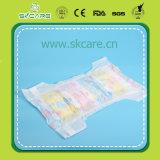 Pañal del bebé con Backsheet respirable y el cuidado elástico del bebé de la venda de la cintura sanitarios