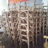 Französische Art-fester Eichen-Holz-stapelbarer Kreuz-Rückseiten-Hochzeits-Bankett-Stuhl (RCH-4001-5)