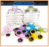 Estoque para o Spinner Toy Tri LED Light Fidget Spinner Hand Spinner