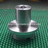 Часть подвергли механической обработке нержавеющей сталью, котор для машинного оборудования в высокой точности