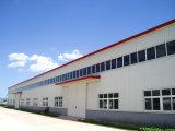 Edifício pré-fabricado estrutural de aço claro da oficina