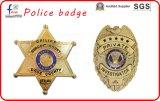 금속 Pin는 경찰 기장 군 기장 장교 기장 헌병 지갑 경찰 지갑 기장 가죽 기장 지갑의 명찰을 단다
