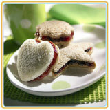 Alimento inscatolato inscatolato delle latte delle ciliege