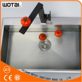 Латунный квадратный кран воды раковины кухни Faucet раковины