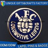 Distintivo del metallo dell'indumento dell'OEM da vendere