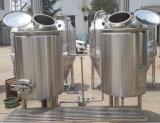 500L si dirigono la strumentazione della caldaia di preparazione della birra