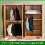 Wardrobe de madeira da grão das boas portas do projeto quatro
