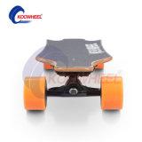 Se dobla el patín eléctrico de las ruedas del mecanismo impulsor 4 con teledirigido