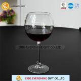 Vetro di vino del calice per la festa nuziale