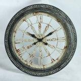 Классические античные художнические часы металла