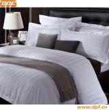 工場卸売の高品質300の糸の綿によってキルトにされるベッド・カバーか羽毛布団カバー