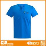 형식 t-셔츠를 달리는 남자의 스포츠