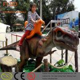 Egg를 가진 주라기 생활 크기 Huge Small Amusement Electric Walking Dinosaur