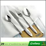 2016 fourchettes de haute qualité de couteau de cuillère de vaisselle d'acier inoxydable ont placé des couverts