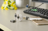 Cable de carga de la sinc. de los datos del USB del micr3ofono Bendy y durable para el iPhone y el iPad