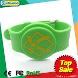 13.56MHz ISO14443A MIFARE 1K classico impermeabilizzano il Wristband del silicone RFID