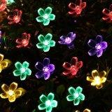 Lampadaire solaire extérieur imperméable à l'eau avec de belles fleurs