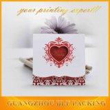 Cartão luxuoso do convite do casamento de papel