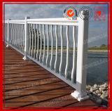 Алюминиевые поручни и загородка балкона
