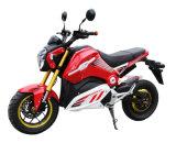 Nuova via 2016 che corre il motociclo elettrico di sport con i pedali
