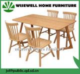 Tabela de jantar do carvalho com as 4 cadeiras para a mobília Home