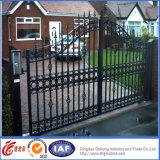 Puerta de seguridad residencial elegante del hierro labrado