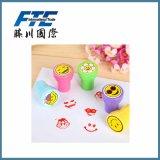 Timbro di gomma di plastica del giocattolo della maniglia di colore su ordinazione per i bambini