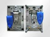 Moulage par injection en plastique de précision professionnelle de la Chine (WBM-201305)