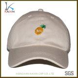 6つのパネル刺繍される明白な野球帽の帽子のお父さんの帽子の帽子をカスタマイズした