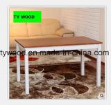 Tabela e cadeira contínuas da madeira de pinho