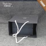 Estilo simple de papel de embalaje Negro bolso con la manija