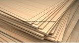 Hojas de la madera contrachapada de Okoume, madera contrachapada del anuncio publicitario del pegamento de la base E1 E0 del álamo