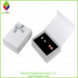 Cadre de bijou de papier de empaquetage de bloc supérieur en gros avec le palier d'éponge