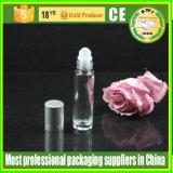 香水のためのローラー球の管のガラスビンが付いている3ml 5ml 10mlの精油のロールオンのびん