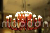 현대 유럽 철 금속 예술 장식적인 로즈 빨간 꽃을 피우는 꽃 E14 LED 샹들리에