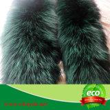 Fox lungamente giù il cappuccio della pelliccia del cappotto fatto in Cina