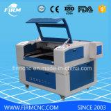De houten AcrylMDF CNC Laser die van Co2 Scherpe Machine met Concurrerende Prijs graveren
