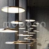 Lámpara pendiente del diseño del cobre de la dimensión de una variable de disco del estilo de Northern Europe para el comedor