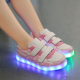 소년과 소녀 스포츠 단화 USB LED 단화 처분할 수 있는 재충전용 램프 빛난 형광 단화 깃발 's 단화 조수