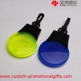 Plastikreflektor-Taschenlampe des Carabiner Klipp-LED für das Seitentriebs-Rütteln