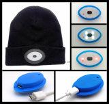Glänzende LED-Hut-wärmen sich die wandernde Nachtgroßhandelsfischerei an Nachtpflege-strickender Wolle-Schutzkappe