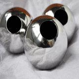 Grande sfera della cavità dell'acciaio inossidabile a metà con il foro del filetto