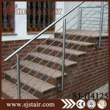 Asta della ringhiera del cavo personalizzata veranda dell'acciaio inossidabile esterna (SJ-H1542)