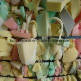 Adhésif de polyuréthane pour le caoutchouc de rebut de mousse