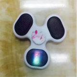 가장 새로운 Bluetooth 스피커 손 방적공 Contral 음악 또는 양 지원 TF 카드 싱숭생숭함 방적공