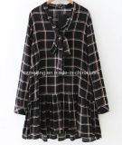 Plaid-Frauen `S Hemd-Kleid